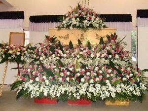 จัดดอกไม้หน้าศพแบบสวน05 Suriya Coffin