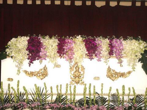 จัดดอกไม้หน้าศพแบบสวน10 Suriya Coffin