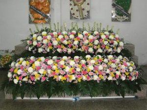 จัดดอกไม้หน้าศพแบบสวน09 Suriya Coffin