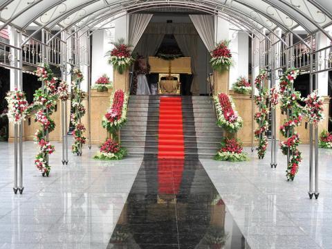 ดอกไม้ประดับเมรุ 05 Suriya Coffin