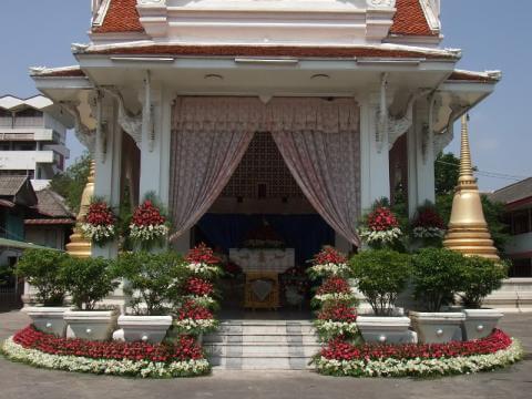 ดอกไม้ประดับเมรุ 04 Suriya Coffin