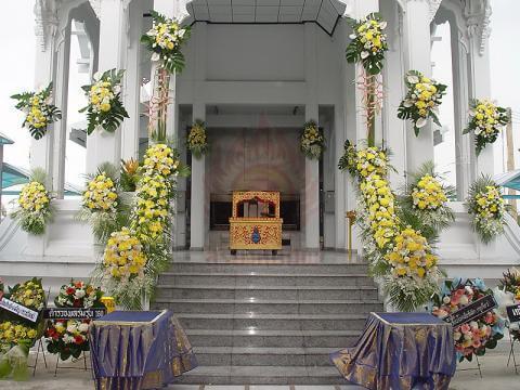ดอกไม้ประดับเมรุ 03 Suriya Coffin