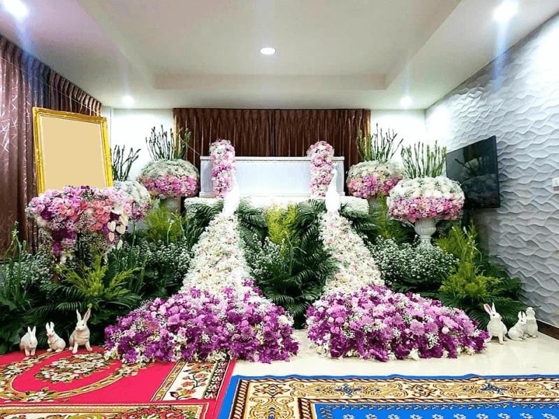 ดอกไม้หน้าหีบศพ